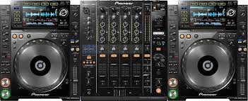 Pioneer CDJ 2000 Nexus Digital Multi Player Controller With DJM 900 Nexus 4-Channel Dj Mixer Kit, Wi-Fi audio streaming, FREE Pioneer Rekordbox Software Included. This Professional DJ Kit features 2 Pioneer CDJ-2000nexus and 1 Pioneer DJM-900nexus